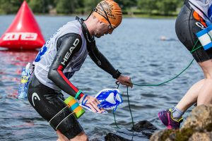 Swimrun hand paddles