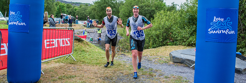 Winning love Swimrun Llanberis